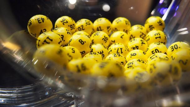 Lotto-Spieler gewinnt 50 Millionen Euro