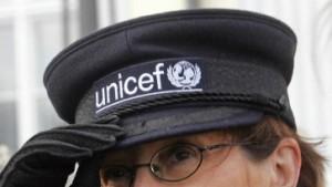 Unicef und Simonis machen einander Vorwürfe