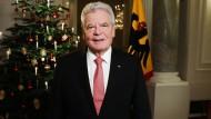 Bundespräsident Joachim Gauck bei der Aufzeichnung seiner Weihnachtsansprache am 22. Dezember im Schloss Bellevue.