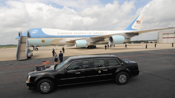 President Obama Arrives in Charlotte for 2012 DNC
