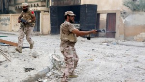 """Libysche Regierungstruppen schlagen """"letzte Schlacht"""" in Sirte"""