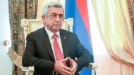 Unter Druck von Protesten: Armenischer Ministerpräsident tritt zurück