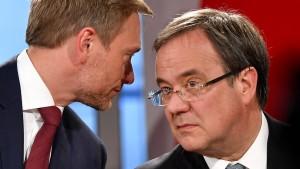 CDU und FDP beginnen Koalitionsverhandlungen