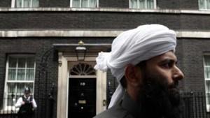 Blair spricht mit Muslimen - Neue Drohung von Al Qaida