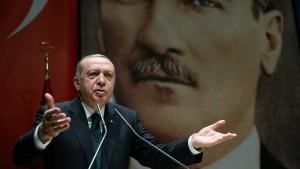 Türkei wirft Frankreich Unterstützung von Terroristen vor