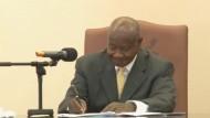 Ugandas Präsident unterzeichnet Gesetz gegen Homosexualität