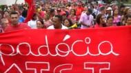 Große Demonstration am Rande der WM