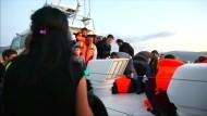 Wieder sterben Flüchtlinge bei Überfahrt