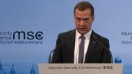 Medwedew spricht von neuem Kalten Krieg