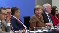 Bundesregierung betont Handlungsfähigkeit – Opposition zweifelt
