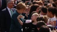 Merkel ruft zu sachlicher Auseinandersetzung mit der AfD auf