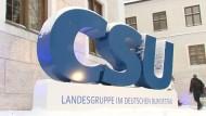 CSU will EU-Datenbanken und längere Abschiebehaft