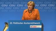 Merkel fordert Freilassung von Deniz Yücel
