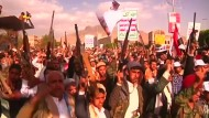 Tausende protestieren gegen Bombardierungen der saudi-geführten Allianz
