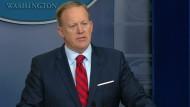 Spicer empört mit Hitler-Vergleich
