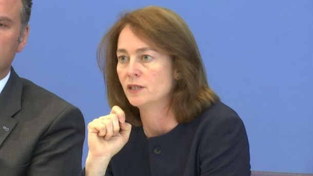 Familienministerin gegen Überwachung von Jugendlichen