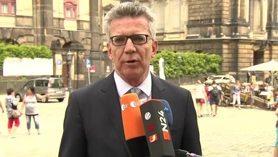 """De Maizière: """"Das sind keine Demonstranten, das sind Kriminelle"""""""