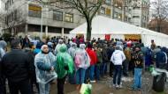 Wie unflexible Bürokraten Hilfe für Flüchtlinge blockieren