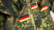 Offenbar enge Verbindungen zwischen Soldaten und Identitären