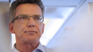 De Maizière fordert Ende der Debatte über deutsche Enthaltung