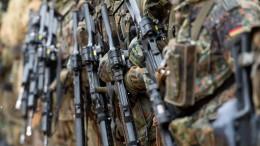 Wofür selbst Pazifisten sich Soldaten wünschen