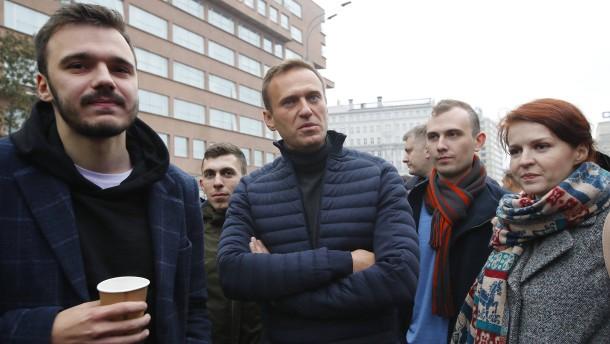 Nawalnyjs Stab wehrt sich gegen Pläne Moskaus