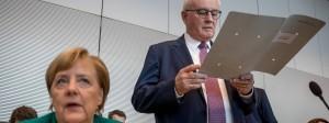 Überraschende Niederlage: Bundeskanzlerin Angela Merkel verliert ihren Vertrauten Volker Kauder als Fraktionsvorsitzenden.