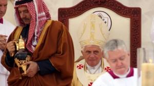 Benedikt XVI. kritisiert die Unterdrückung der Frau