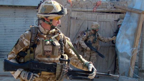 Drei Nato-Soldaten getötet