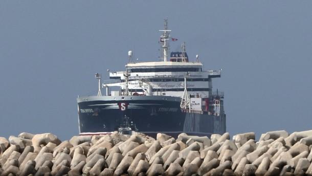 Frankreich will Tanker schützen