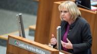 Die nordrhein-westfälische SPD-Ministerpräsidentin Hannelore Kraft bei ihrer Rede zum Fall Anis Amri im Düsseldorfer Landtag