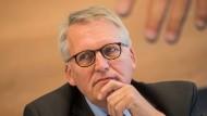 Katholische Verteidigung: Der Präsident des ZdK fordert, dass keine Änderungen am Paragraf 219a vorgenommen werden.