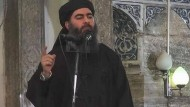 Er hat sich zum Kalifen ernannt. In seinem Herrschaftsgebiet regieren Terror und Furcht: Abu Bakr al Bagdadi.
