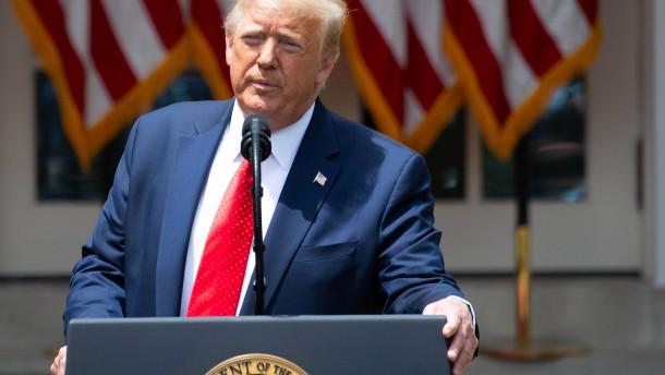 Trump verspricht Angehörigen Gerechtigkeit