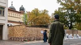 Nachbargebäude der jüdischen Gemeinde in Halle beschmiert