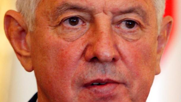 Ungarns Staatspräsident Schmitt zurückgetreten