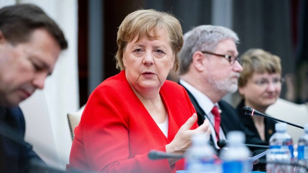 Merkel: Ergebnis von Erfurt rückgängig machen