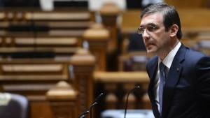Opposition stellt Misstrauensantrag gegen Regierung