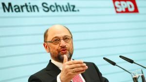 Schulz bereitet SPD auf Langstreckenlauf vor