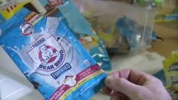 Greenpeace bringt Nestle seinen Müll zurück