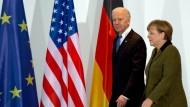 Joe Biden besucht 2013 als Vizepräsident Bundeskanzlerin Angela Merkel in Berlin.