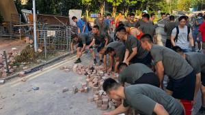 Wenn Chinas Armee zum Putzen ausrückt