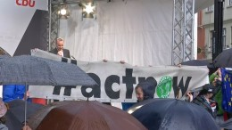 Klimaschützer unterbrechen CDU-Veranstaltung