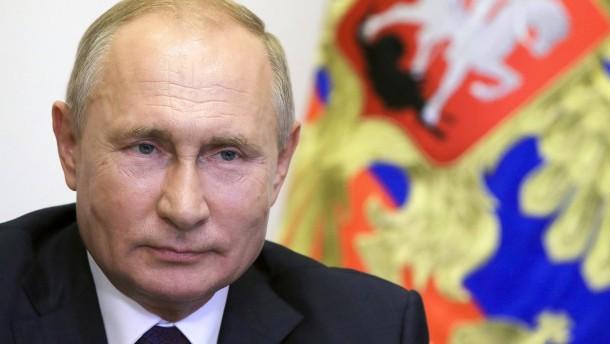 Wie Putin Krieg in Deutschland führt