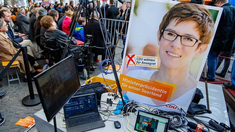 Auf die Ministerpräsidentin kommt es an: CDU-Zugpferd Annegret Kramp-Karrenbauer