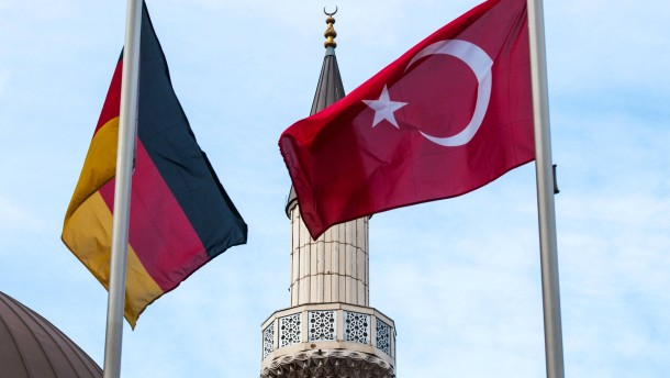 Bundesregierung lehnt Islamgesetz ab