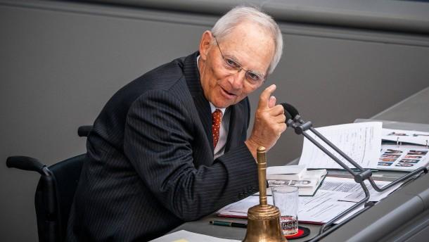 """Schäuble: EZB-Urteil """"unausweichlich, aber auch gefährlich"""""""