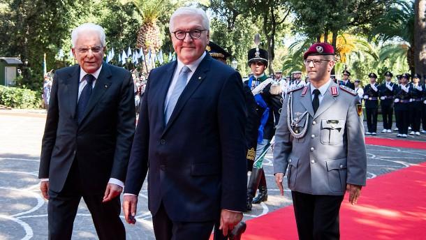 Merkels Wende und Steinmeiers Lob