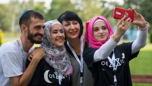 Drei Viertel der Deutschen gegen Einwanderungsverbot für Muslime