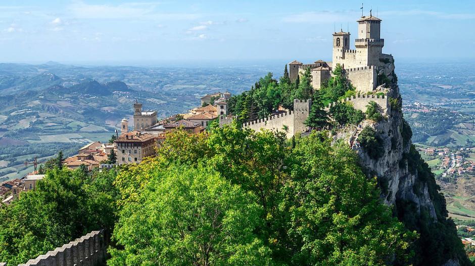 San Marino In Corona Zeiten Zwergenaufstand Auf Dem Monte Titano